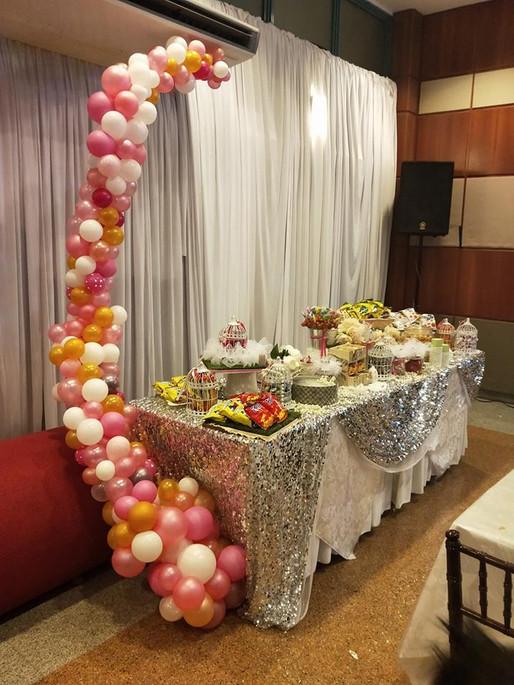 Balloon Garland for Table Setup.jpg