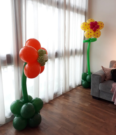 Customized Standing Flowers