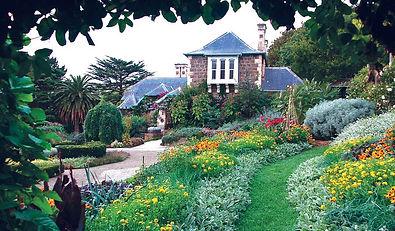 Melbourne-Secret-Gardens-3-of-4.jpg