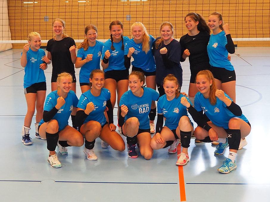 U18_Mannschaftsfoto_Juli 2021 b.JPG