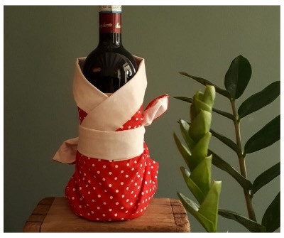 fabric wrap for a wine bottle
