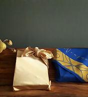 silk-gift-wrapping-fabric-wrapuccino5.jp