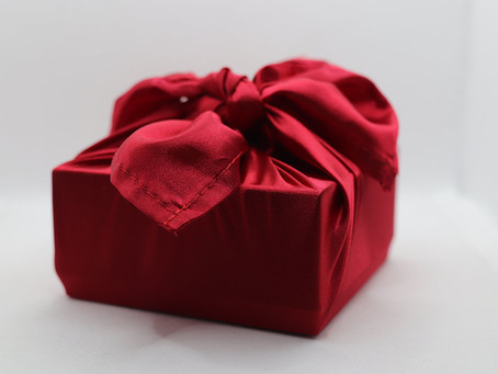 What colour fabric should I wrap my gifts in? The psychology of colour