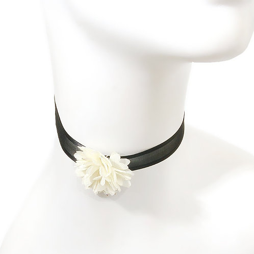 Lace with Flower Choker