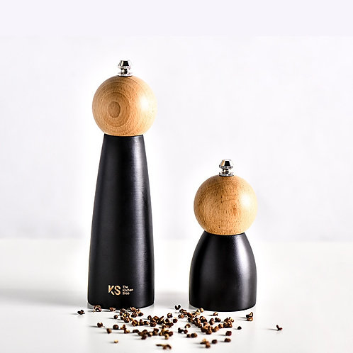 Wooden Spice and Nut Grinder