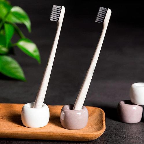 Toothbrush base ceramic