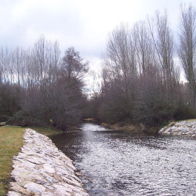 Río de San Justo. Río Tuerto y playa fluvial