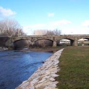 Río de San Justo. Río Tuerto y playa fluvial y su puente