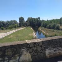 Río de San Justo. Río Tuerto y playa fluvial desde el puente