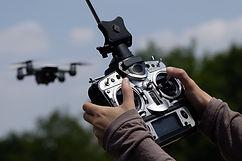 drone-2676000_1920.jpg