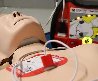 first-aid-4089599_1920_edited.jpg