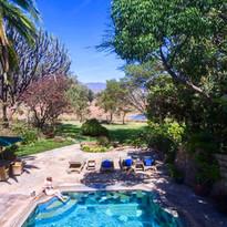 Chui Lodge pool & View