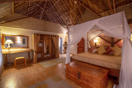 Deluxe bedroom at Chui Lodge