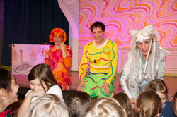 Kinder im Theater HEUSCHRECK
