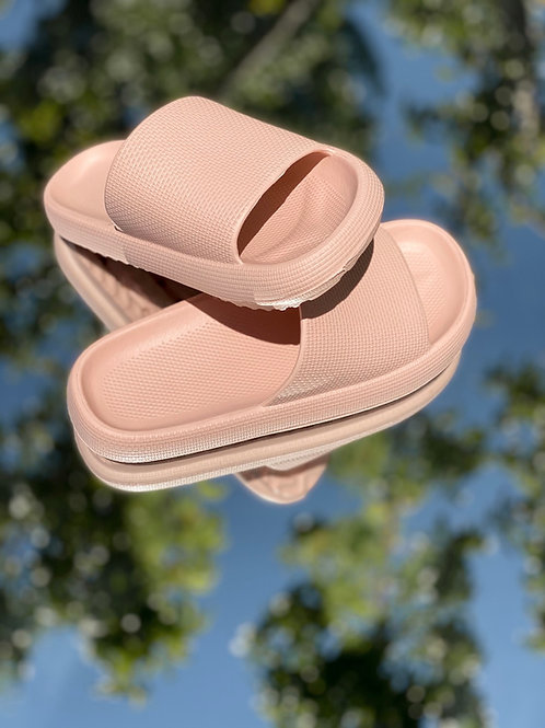 Walking on a Cloud Sandals Pink