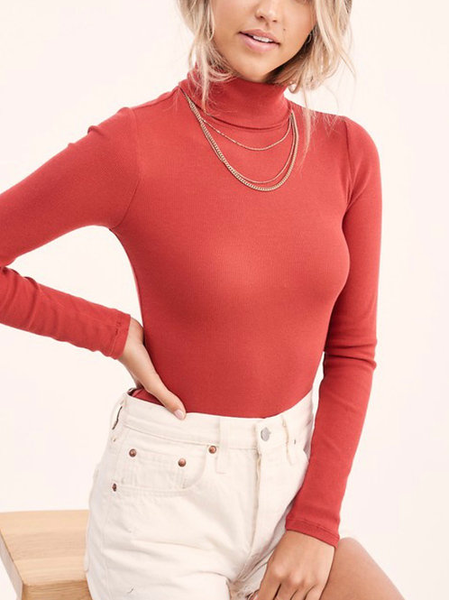 Shoot For The Stars Turtle Neck in Marsala