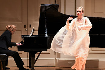 Gabrielle Armenier, eurythmy Brigitte Armenier, piano, Maurice Ravel Pavane pour une Infante defunte Weill Recital Hall at Carnegie Hall New York City Eurythmy Eurythmie Art of Movement stage arts Costumes Veils Silk
