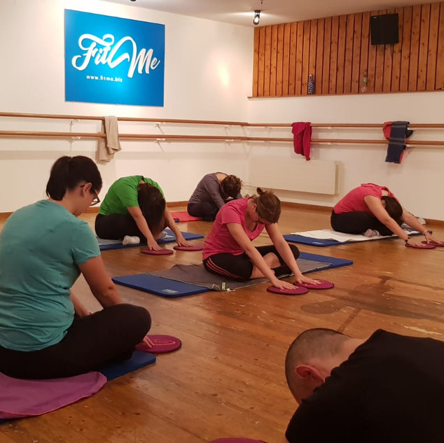 Cours de stretching :: Collectif