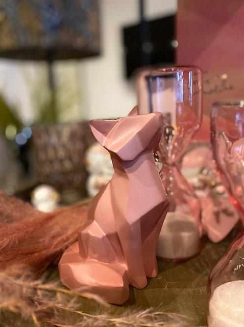 Roze beeldje