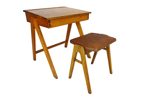 1950's Robin Day for Hille art student desk and accompanying stool