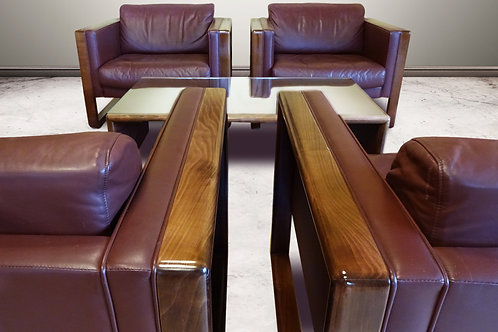 Mid Century brown leather club chairs and coffee table by Walter Knoll