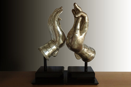 Decorative hand sculpture