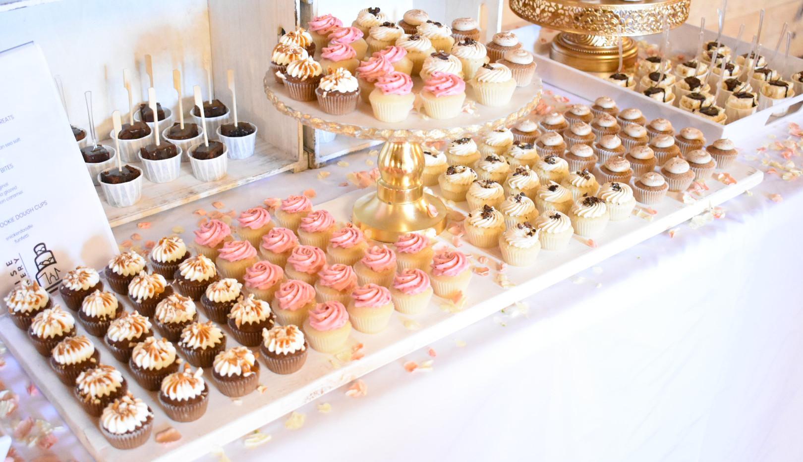 boise cakery dessert table