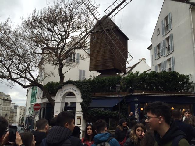 Paris, Montmartre: le Moulin de la Galette