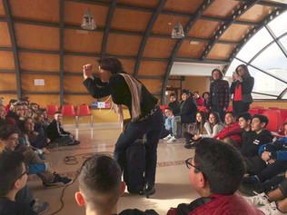 Le 21 janvier 2019, -  « Teatro in classe ». Mme Magali Boureux, Directrice de l'Alliance Française