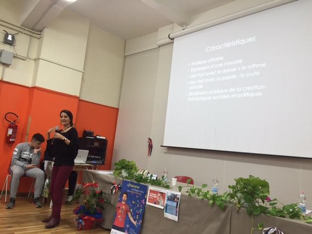 Mme Pinto parle des caractérisiques du genre