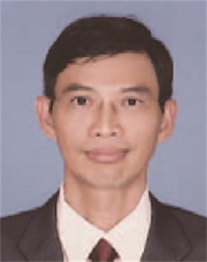 Cdr Ang Chin Hup (R)