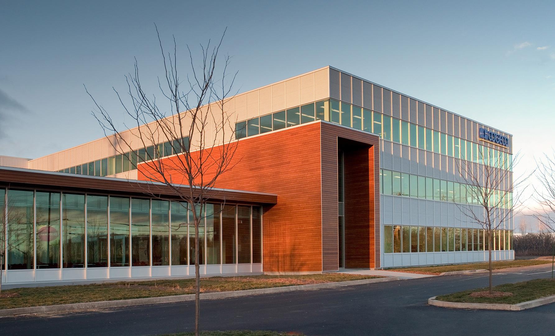 Campus Cogecco Trois-Rivières par JBC Architectes