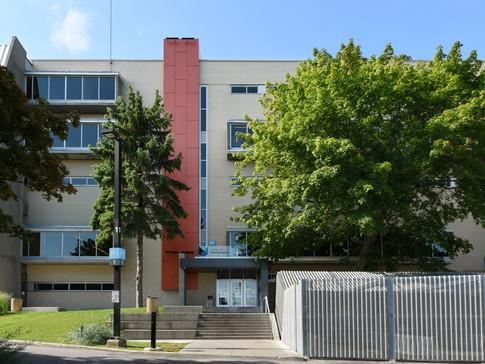 Entrée Bourbonnière du Collège de Maisonneuve, Montréal, 2013
