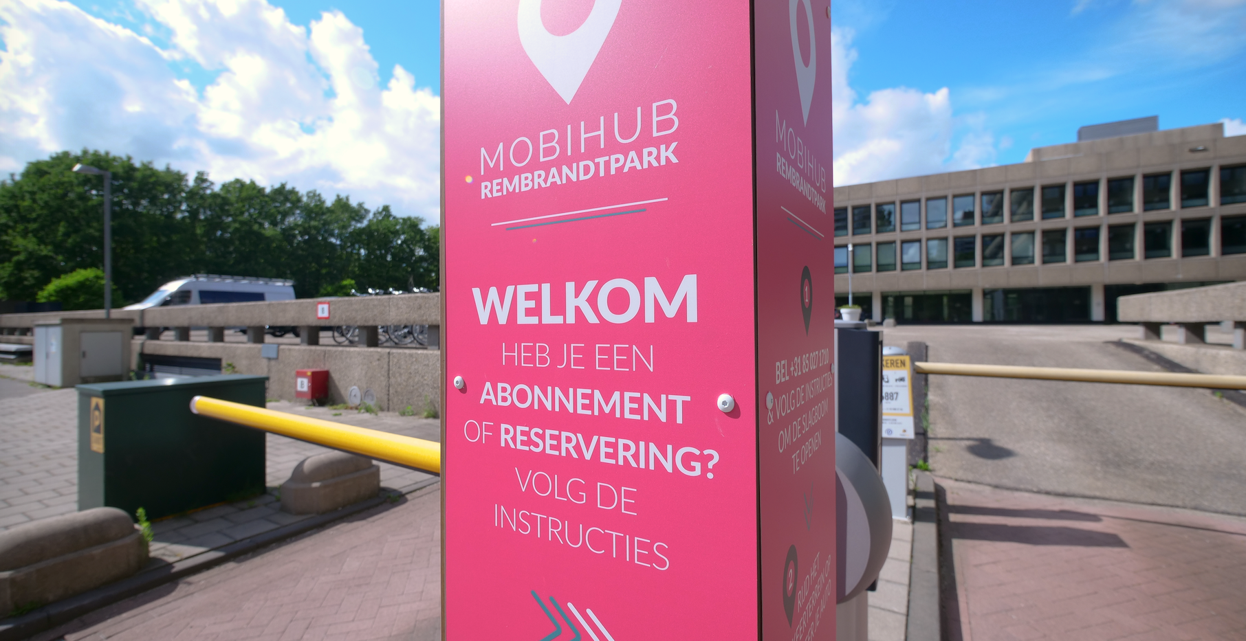 Mobihub-07_png.png