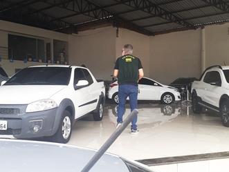 Procon Arapiraca realiza fiscalização em concessionárias de veículos