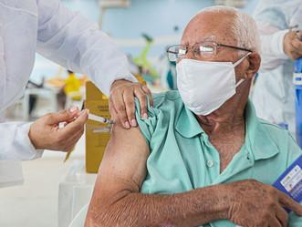 Idosos com 78 anos serão vacinados a partir de segunda-feira (8)