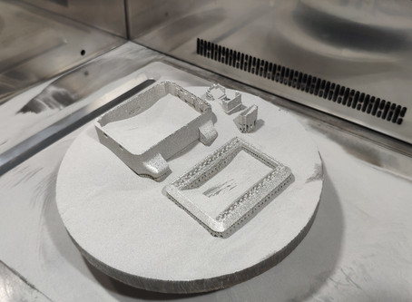 3D printing of the watch case with metal