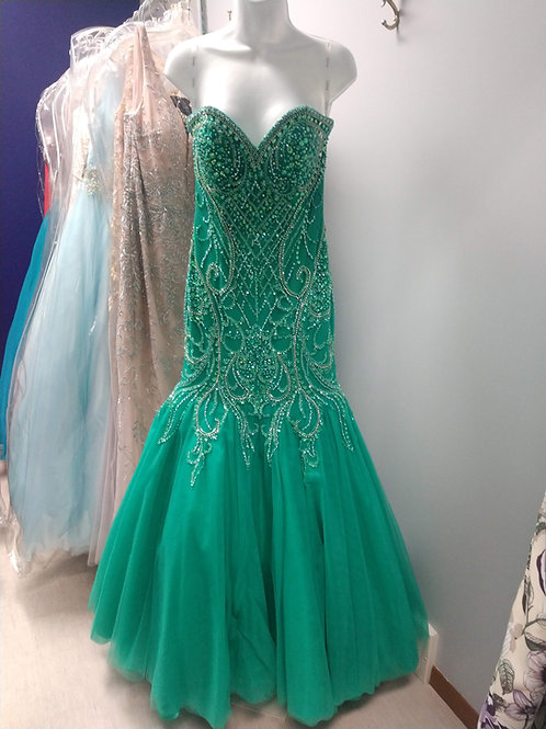 Mermaid Style Dress in Emerald