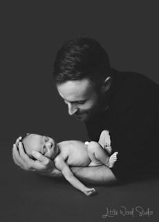 Adelaide Newborn Photographerg
