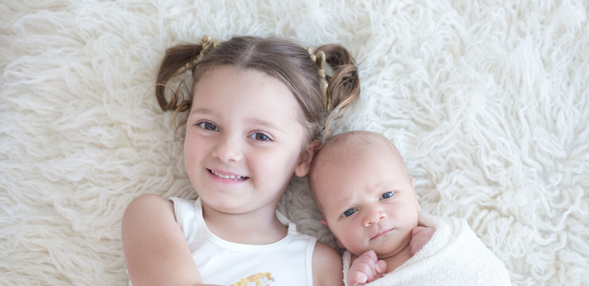 Little Wood Studio Newborn Photography Specialist