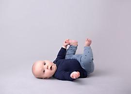 baby milestone sesion