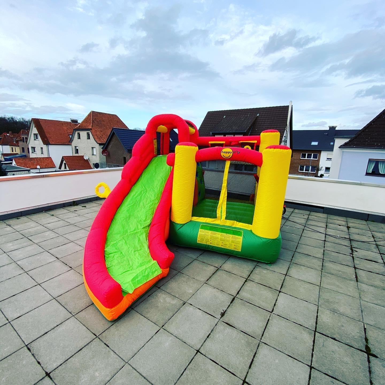 Hüpfburg Playcenter