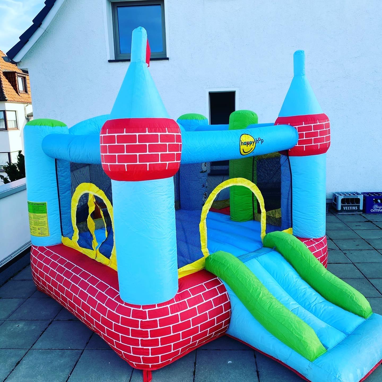 Hüpfburg Schloss mit Bällebad