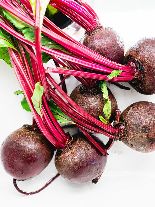Organic Red Beets (By the Bunch)