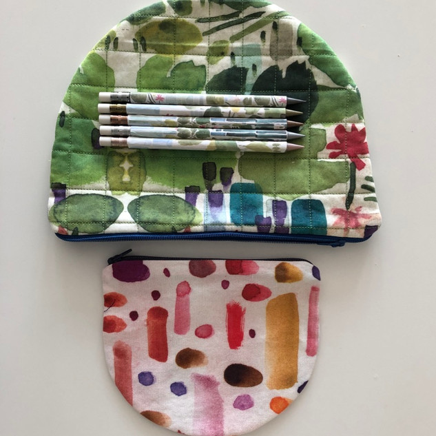 red dots and dashes pouch / lilypad pouch / pencils