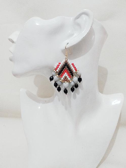 Salomé rouge-noire