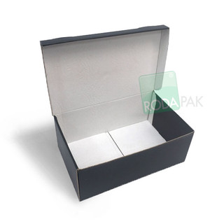 Caja Microcorrugado negra copy.jpg