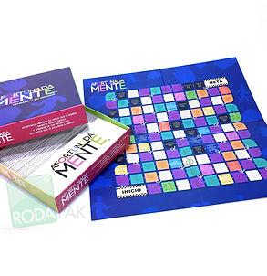 Tablero de juego y caja.jpg