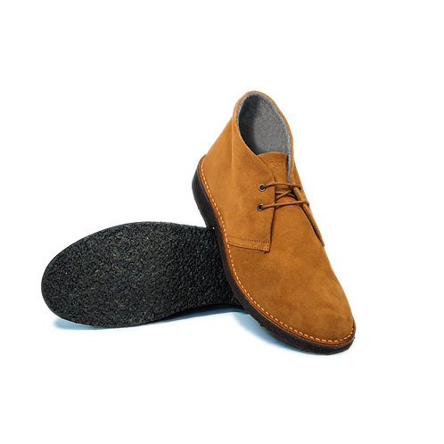 Desert boots with cashmere linings