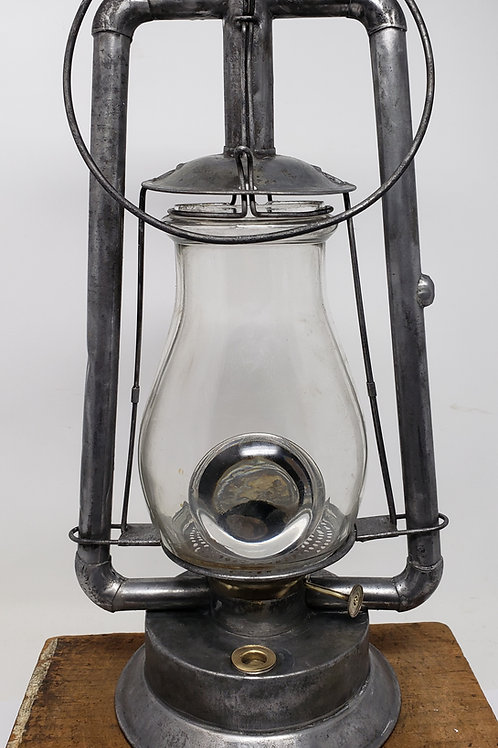 Steam Gauge & Lantern Co Tubular with blowhole